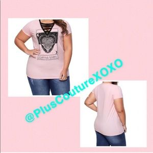 👚 Pink V-Neck Plus Size Graphic T-Shirt
